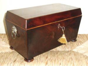 Georgian mahogany tea caddy